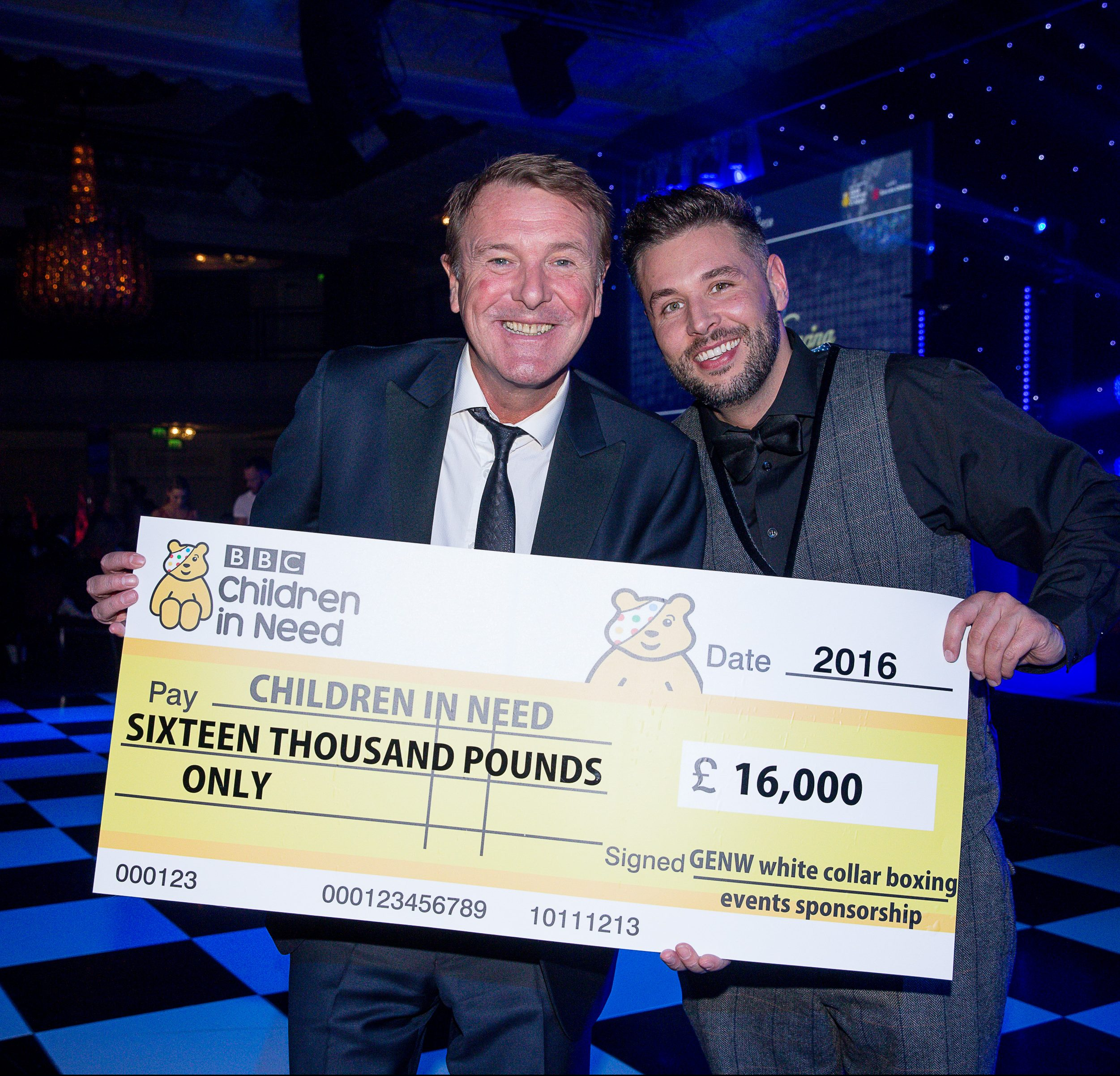 phil tufnell and mike martin children in need holding cheque